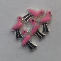 Розовый Фламинго шарм